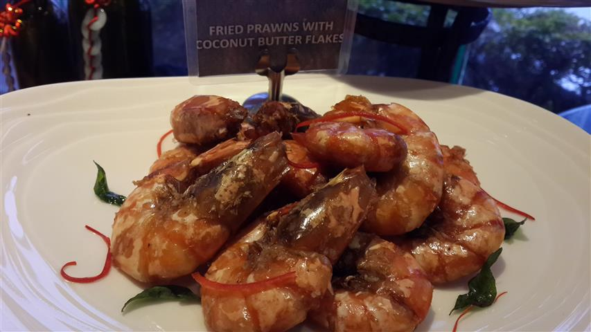 Fried Prawn with Coconuts Butter Flakes