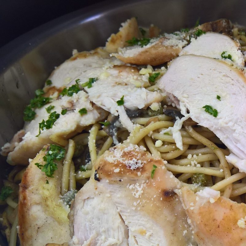 Resipi Healthy Chicken Picatta with Pasta & Mushrooms